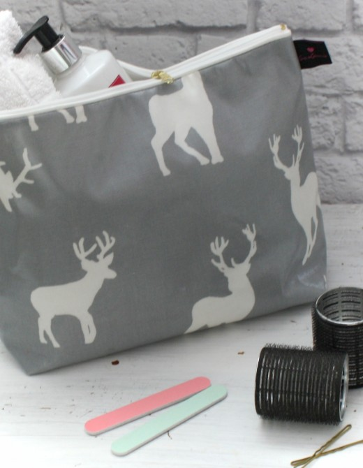 Oilcloth Wash Bag Stag Print
