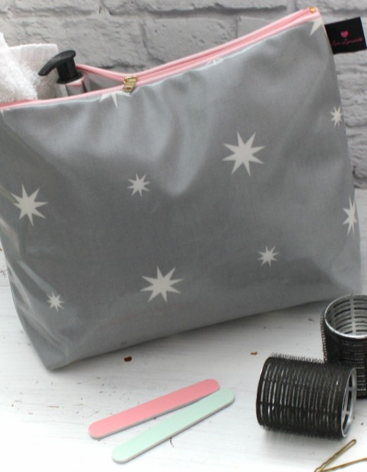 Oilcloth Wash Bag Twinkly Star Print
