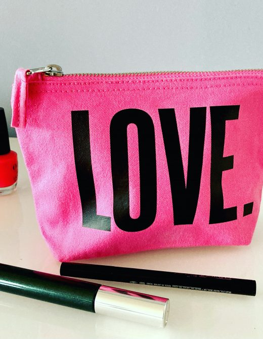 Love-pink-make-up-bag