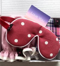 Mothers-Day-Shower-Cap-Gift-Set-Red-And-Pink-Spot