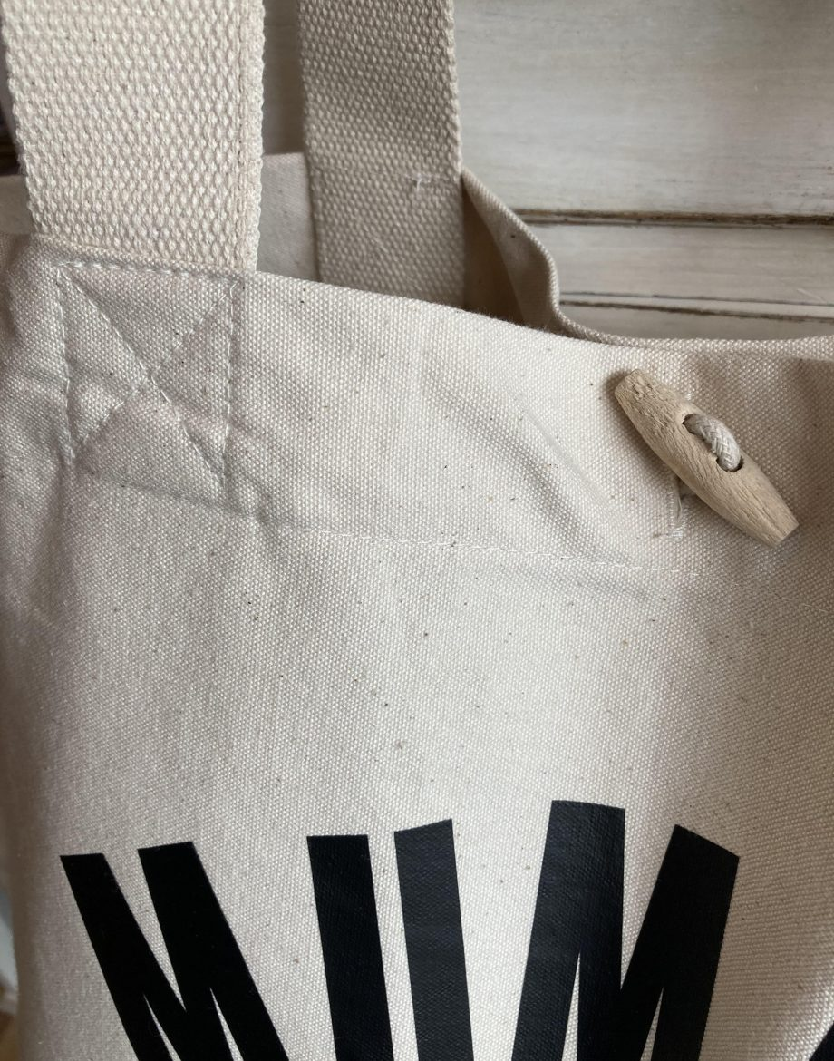 Mummy-Life-Close-Up-Over-Sized-Tote